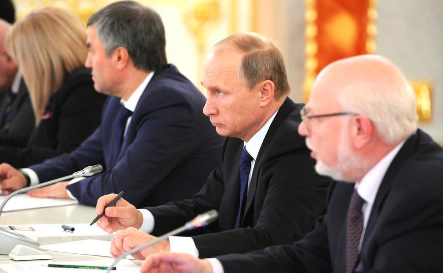 Владимир Путин: Информация о жертвах в Сирии появилась в СМИ до вылета российских самолётов