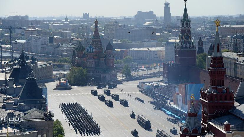 Западные СМИ обсуждают празднование Дня Победы в России: взяла ли политика верх над историей