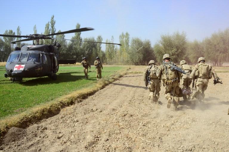 Афганский полицейский застрелила американского военного инструктора