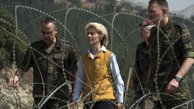 Министр обороны ФРГ: Украина не отвечает основным требованиям для вступления в НАТО