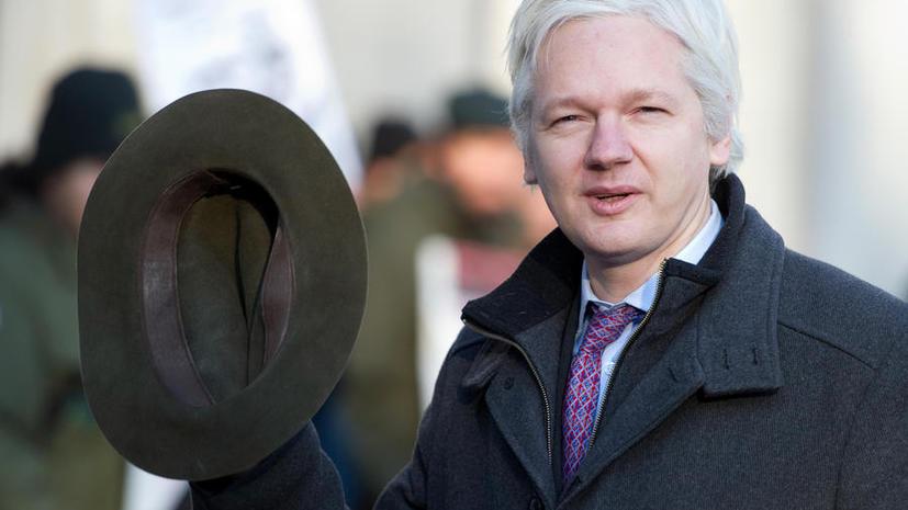 СМИ: Джулиан Ассанж лично учил Брэдли Мэннинга собирать секретную информацию