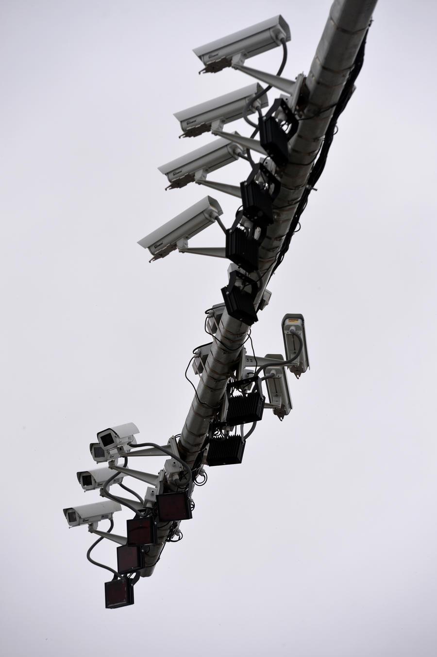 Дорожные камеры в Великобритании угрожают частной жизни больше, чем прослушка