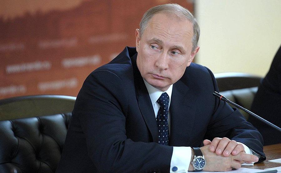 Владимир Путин продлил контрсанкции России до августа следующего года