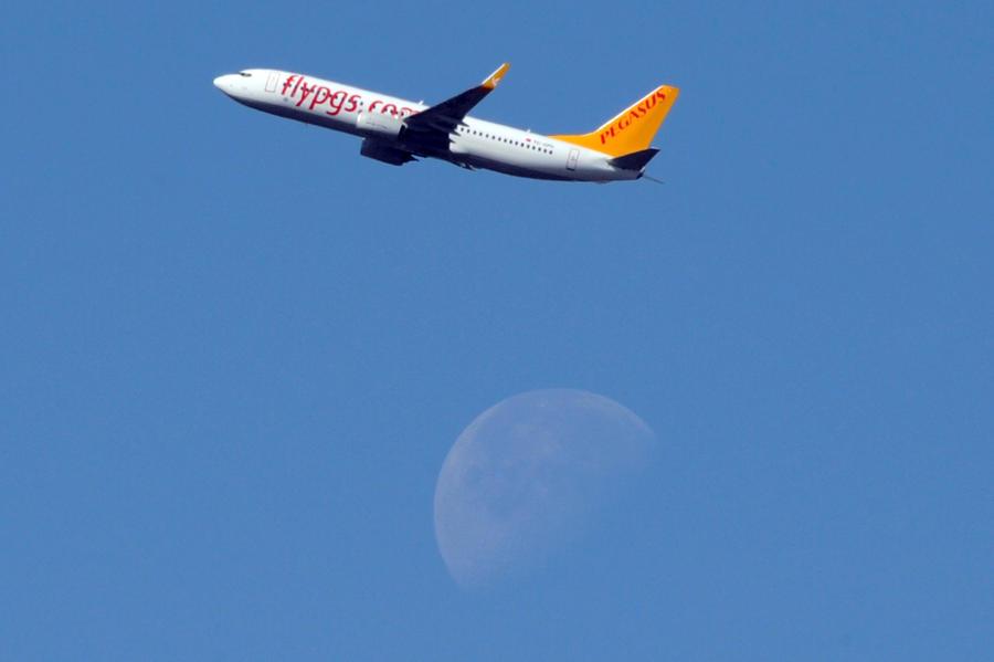 Нетрезвый гражданин Украины пытался захватить турецкий пассажирский самолёт