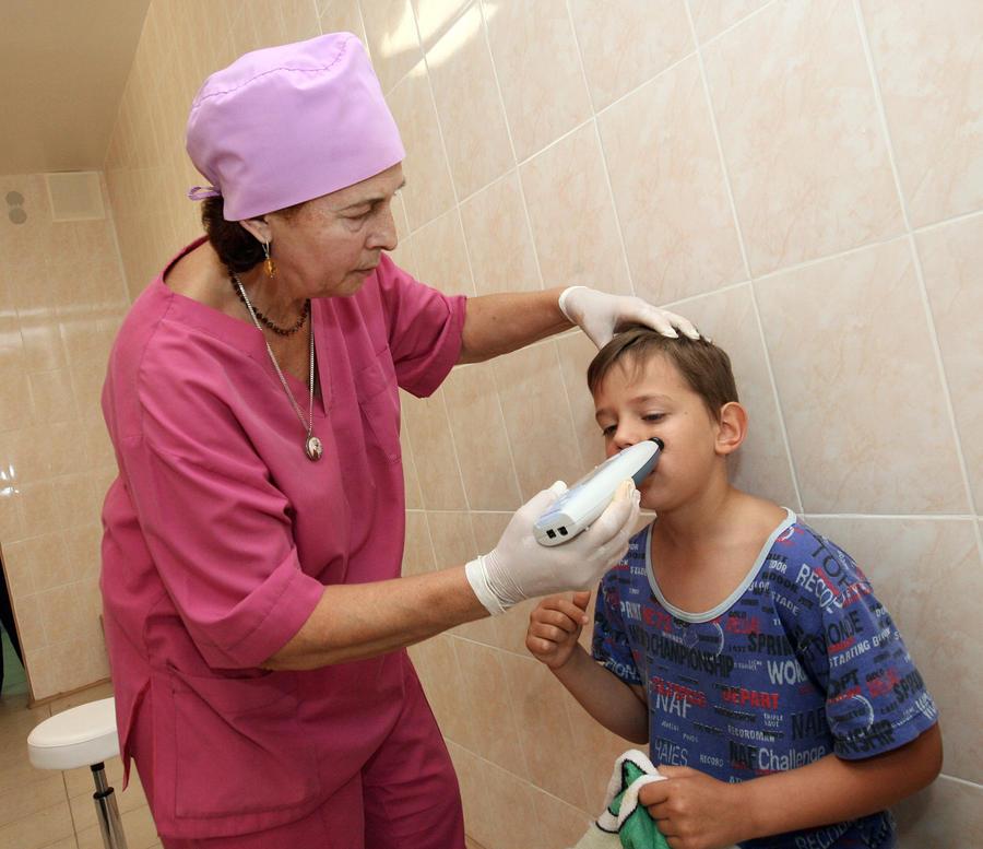 Трое детей в Москве заболели серозным менингитом