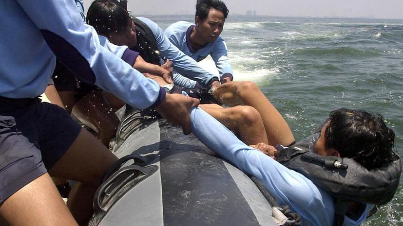 У берегов Индонезии потерпело крушение судно с беженцами