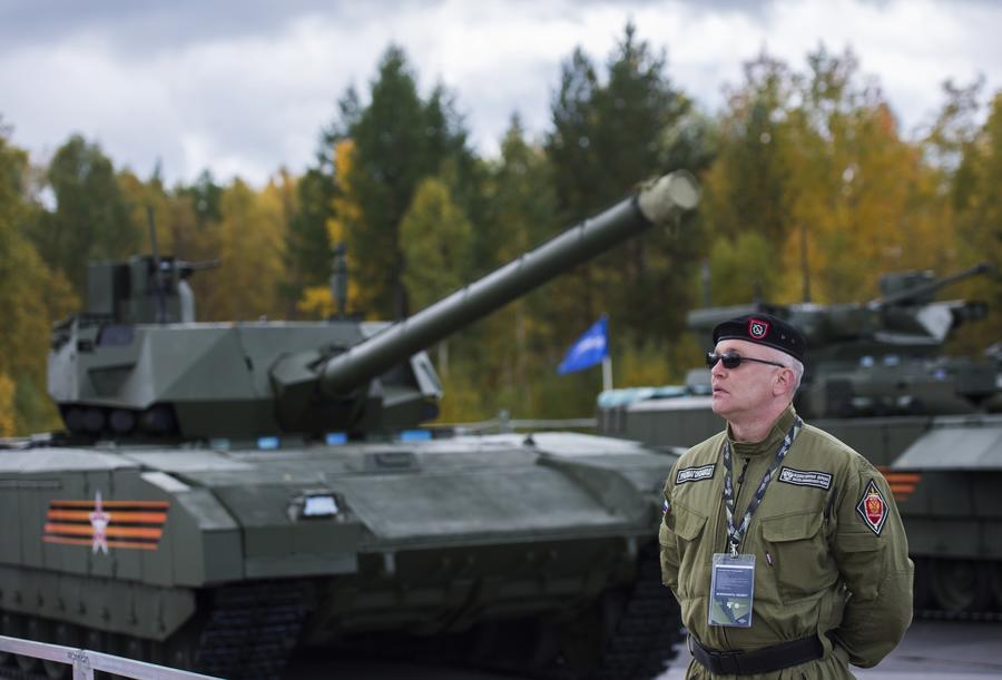 Американские эксперты: В новой российской армии теперь ценят не дешёвую технику, а людей