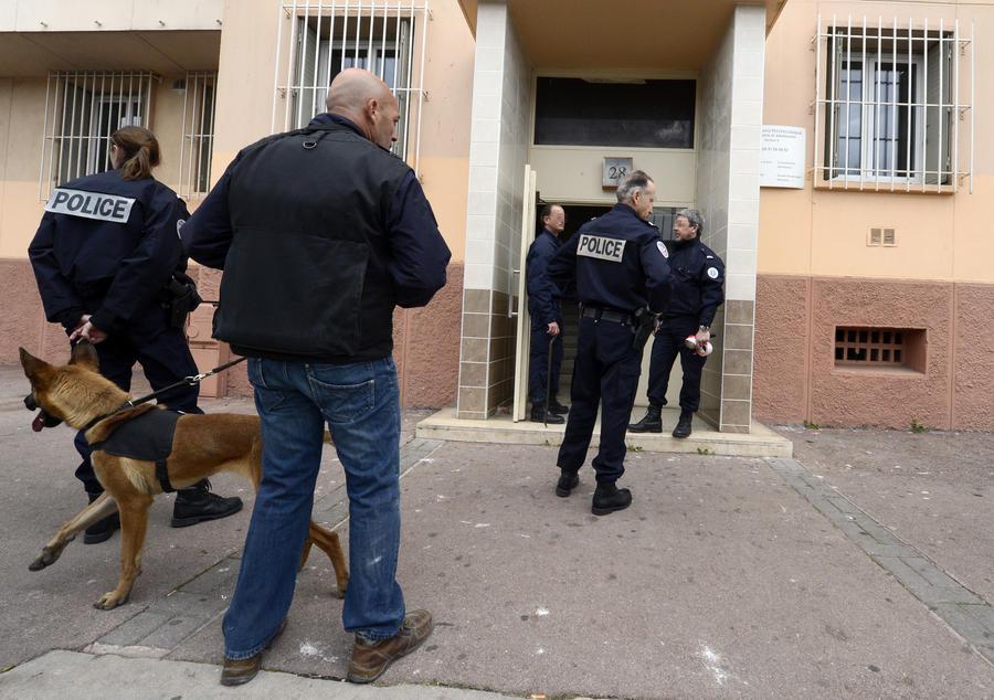 Трое французов арестованы за организацию теракта
