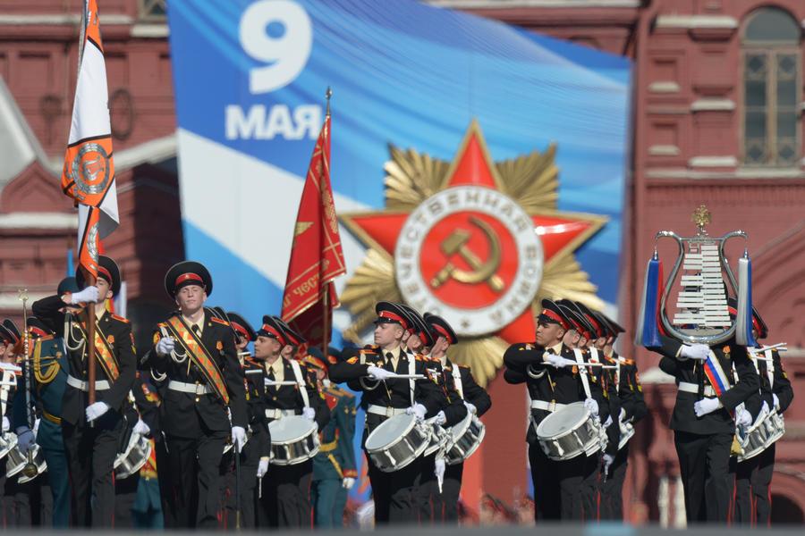 СМИ: В Госдуме предлагают ввести уголовную ответственность за осквернение символов Победы