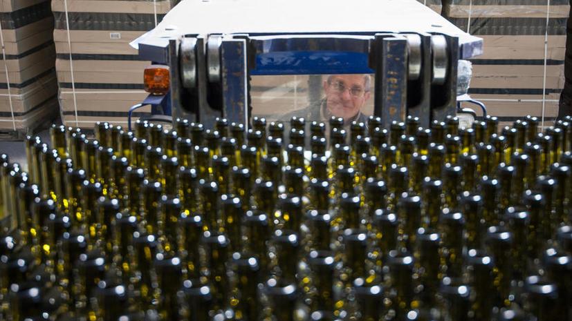 СМИ предупредили о возможных перебоях с продажей алкоголя в России с 1 января