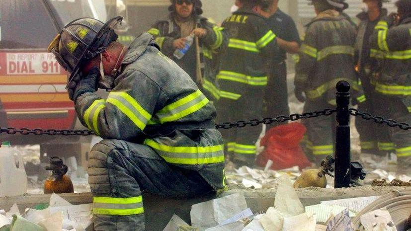 Пожарные США, работавшие на месте трагедии 11 сентября, получат крупные премии