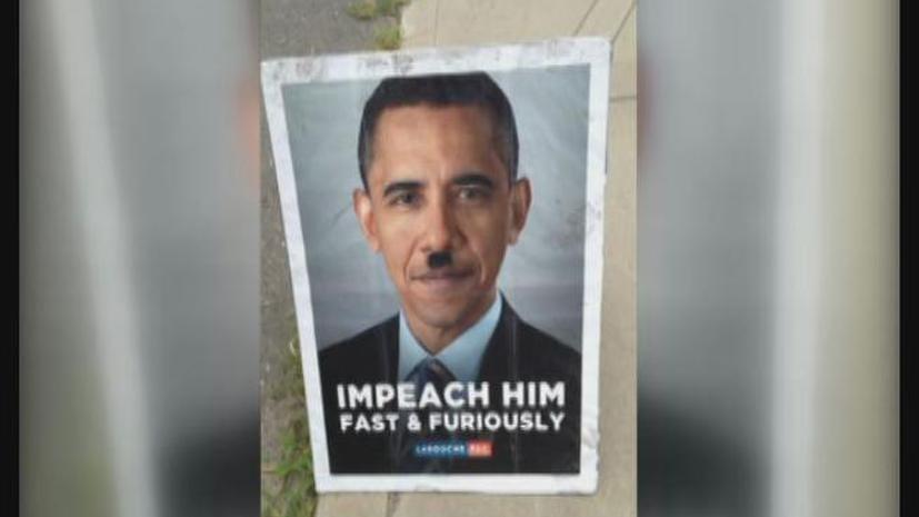 Старушку в США арестовали за «кражу» плакатов Обамы с гитлеровскими усиками