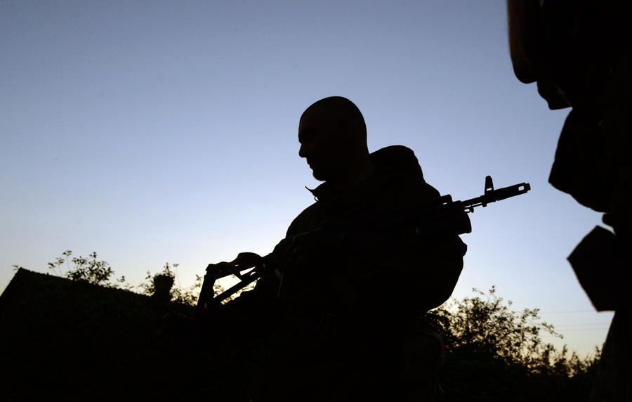 В Краматорске неизвестные с оружием захватили здание управления магистральных газопроводов