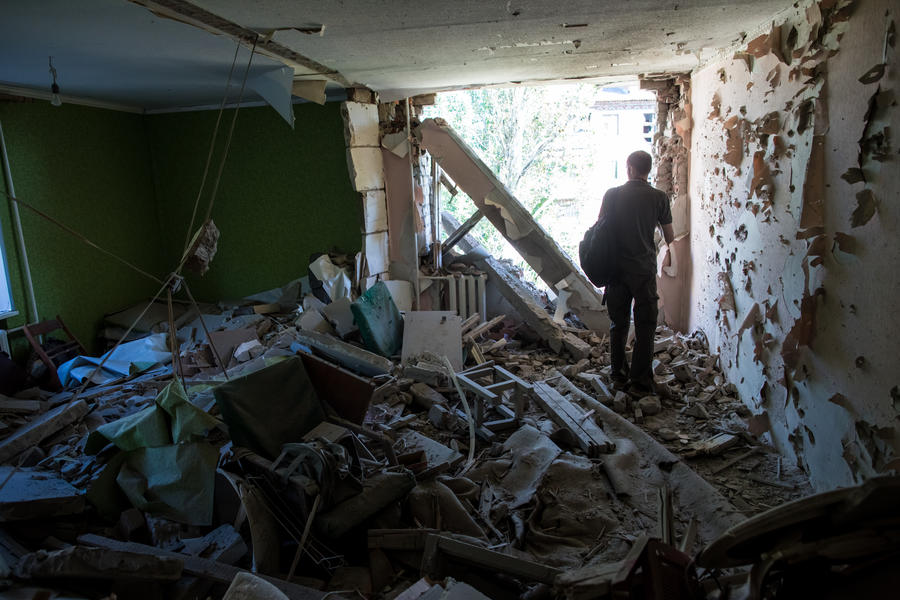 Украинские силовики за ночь обесточили Славянск и подвергли артобстрелу Краматорск