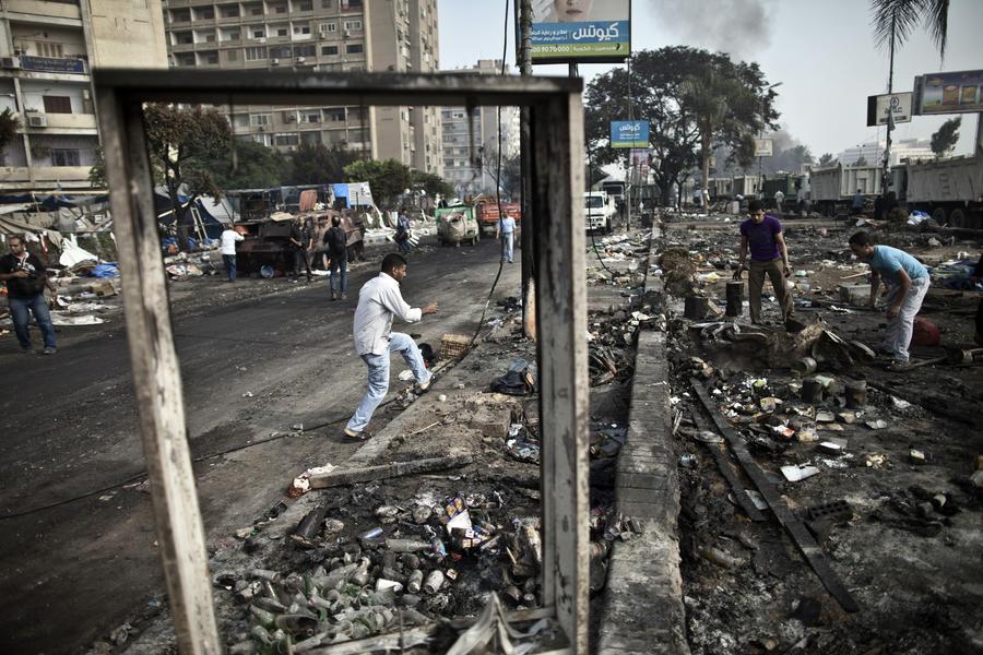 Крупнейшие нефтяные компании ВР, Eni и Shell закрывают офисы в Египте