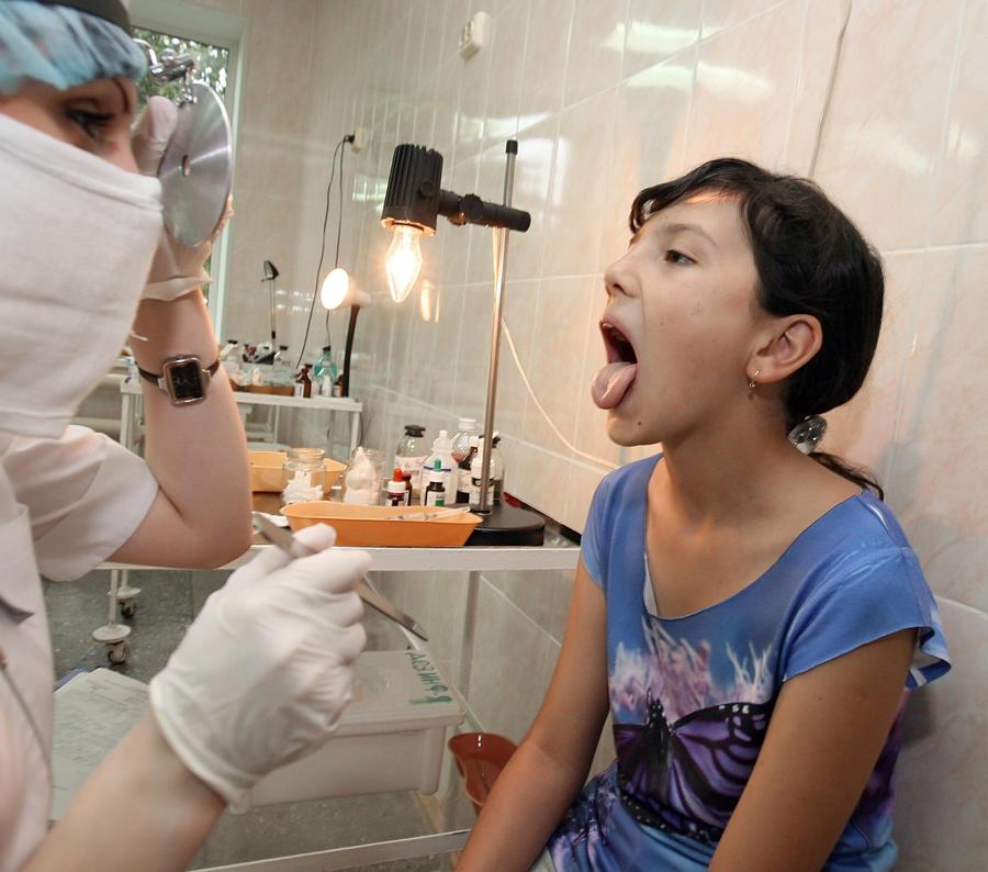 Более 80 детей отравились во время отдыха в лагере под Екатеринбургом