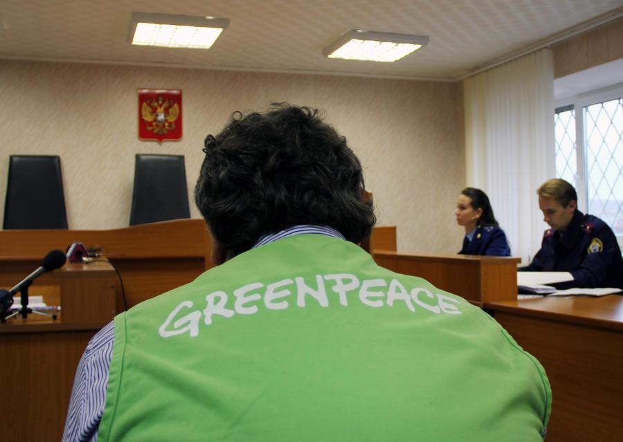 Следственный комитет: действия экологов Greenpeace угрожали безопасности российских нефтяников