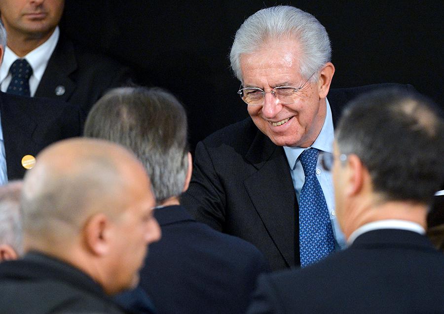 Марио Монти пойдет на выборы во главе центристов