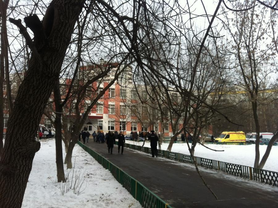 В Общественной палате предлагают вооружить школьных охранников