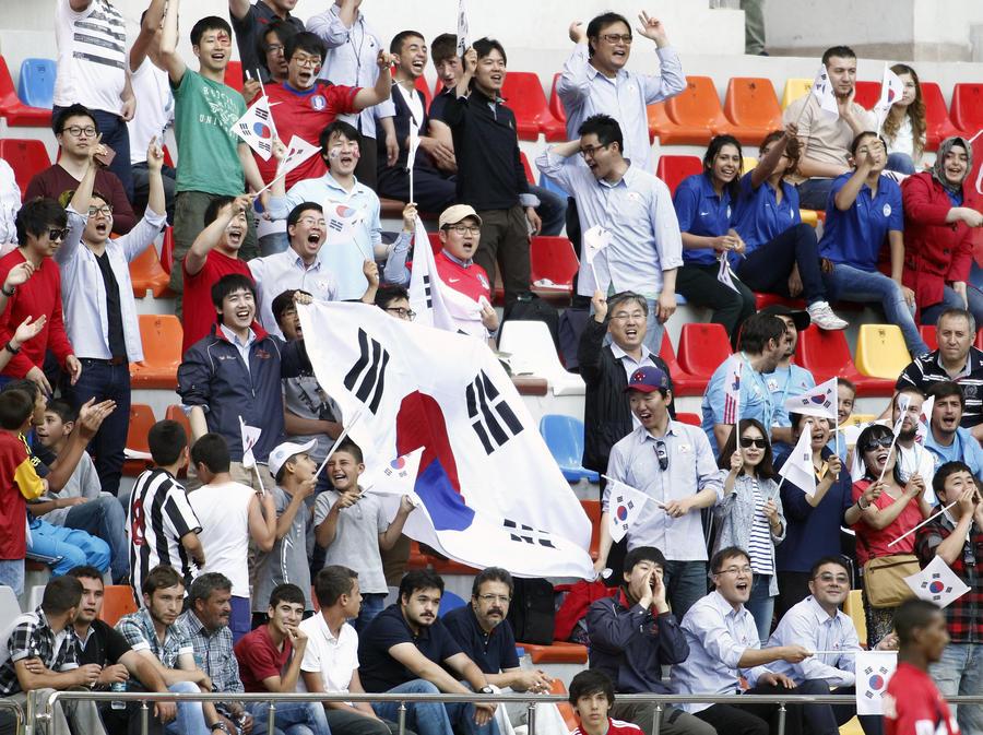 В КНДР впервые за 60 лет прозвучал гимн Южной Кореи