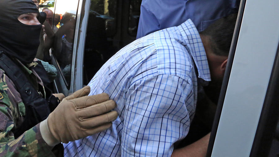 Первый замминистра образования Дагестана задержан по подозрению в хищении