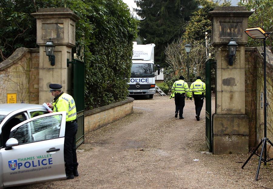 Британская полиция: на шее Березовского был узел из ткани