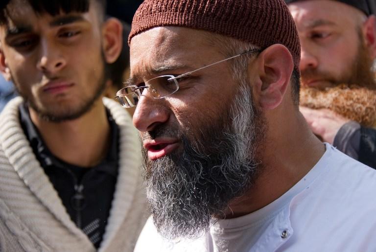 Правительство Великобритании запретит проповедникам радикального ислама посещать мечети
