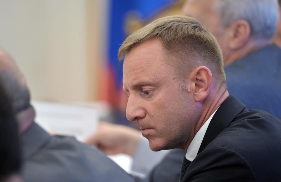 Газета «Известия»: Министра образования обвиняют в подлоге документов