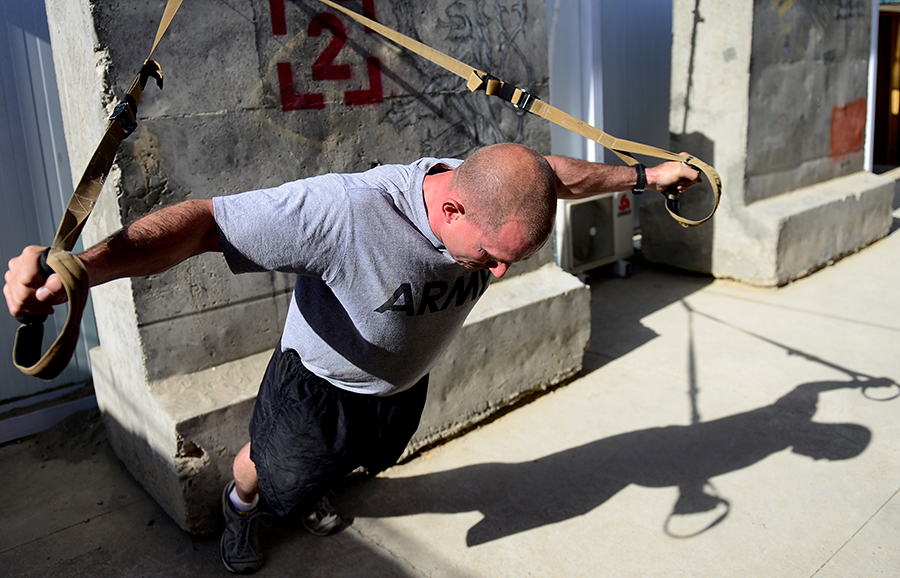 Из армии США массово увольняют военных с лишним весом