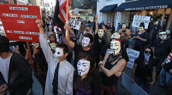 «Марш миллиона масок»: По всему миру прошли протесты сторонников движения Anonymous