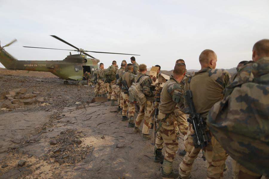 Финансирование армии станет главным пунктом расходов Франции на ближайшие годы