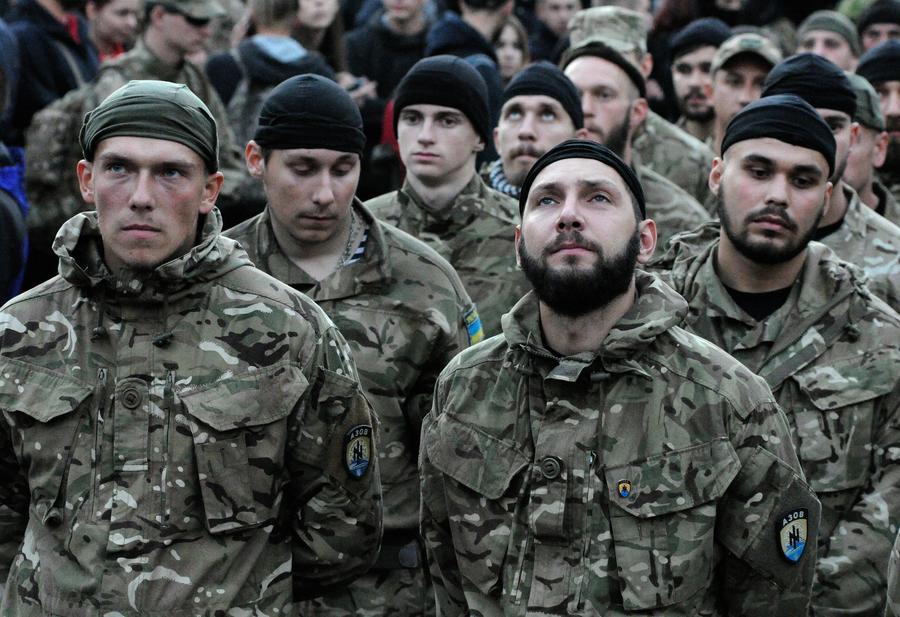Эксперт: Украинские депутаты не осознают всех последствий введения военного положения
