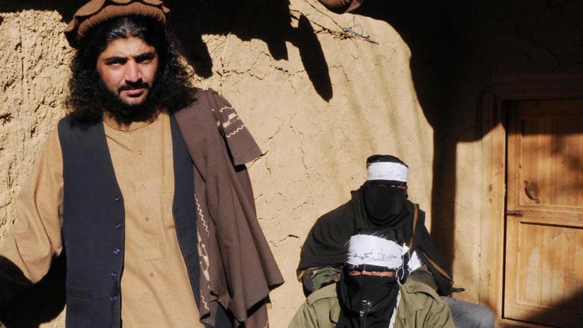 Боевики захватили 500 заложников в школе в Пакистане, 131 человек убит