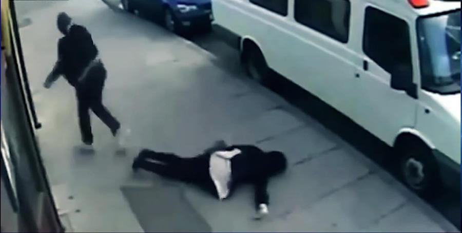 На улицах городов США набирает популярность жестокая игра «Выруби человека»