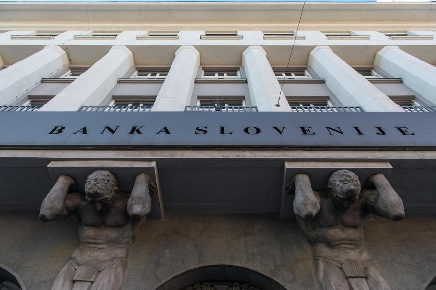 Эксперты прочат Словении кипрский сценарий