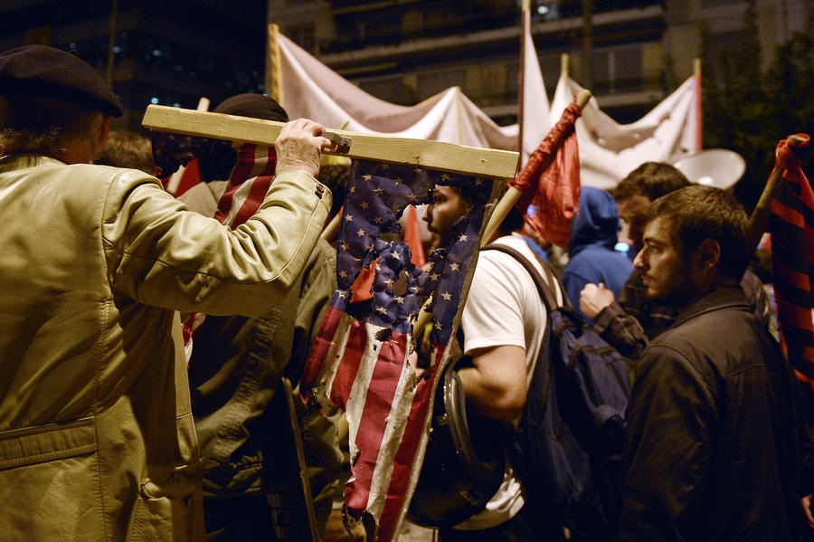 В Афинах прошёл многотысячный марш в память о студенческом восстании 1973 года