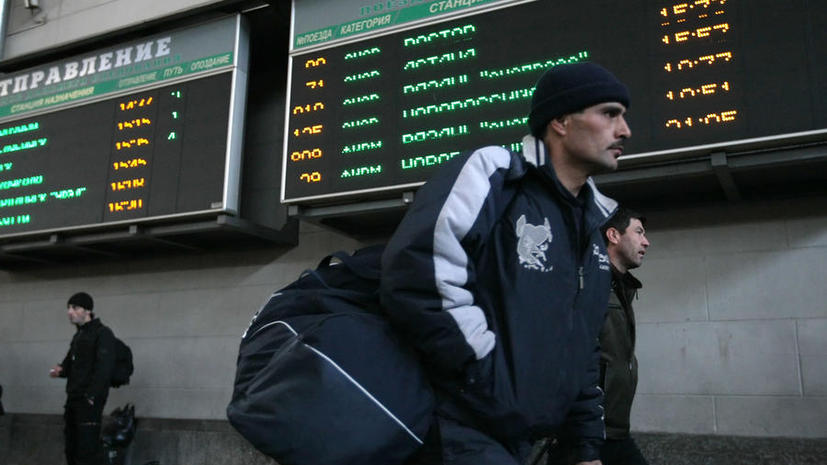 Опрос: россияне стали терпимее относиться к иностранцам после событий на Украине