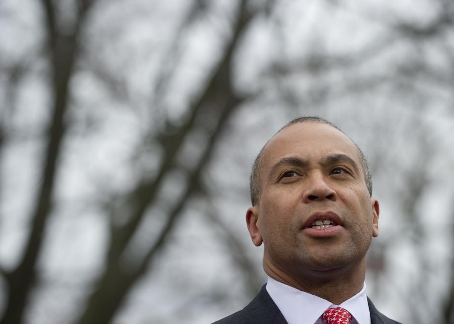 «Не открывайте двери»: губернатор Массачусетса рекомендует жителям Бостона не покидать дома
