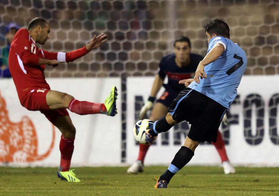 Дорога в Бразилию: Уругвай и Мексика одержали первые победы в матчах межконтинентального плей-офф