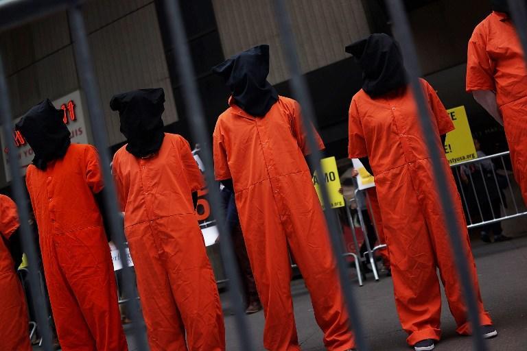 В голодовке в  Гуантанамо принимают участие уже более половины узников