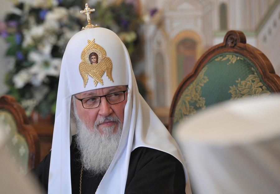 Церковь не уложилась в формат 140 символов: патриарх Кирилл призвал не проповедовать в Twitter
