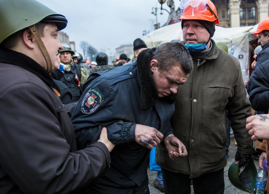 Экс-глава СБУ Украины: Убийства на Майдане — дело рук самих оппозиционных сил