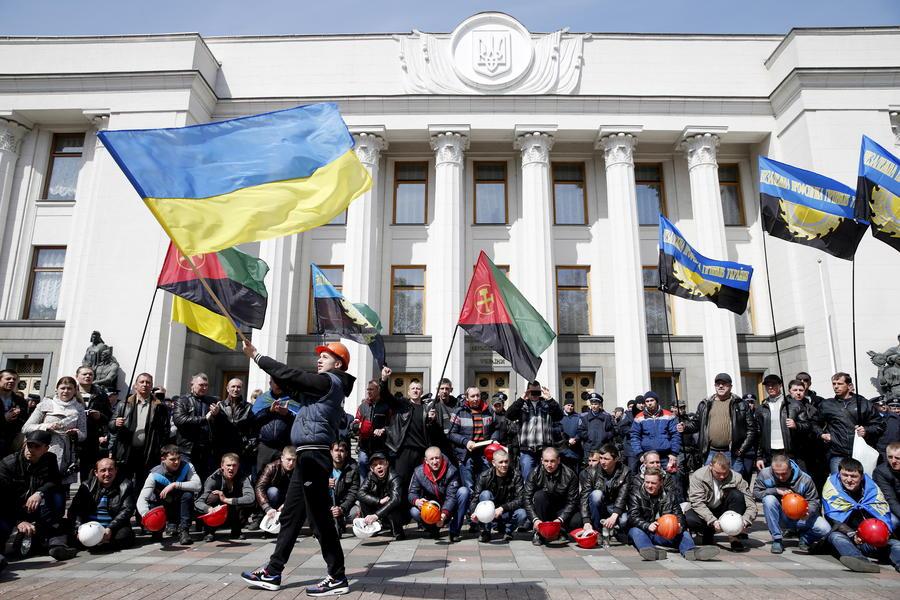 Немецкий политик: Попытки провести на Украине реформы «трещат по швам»