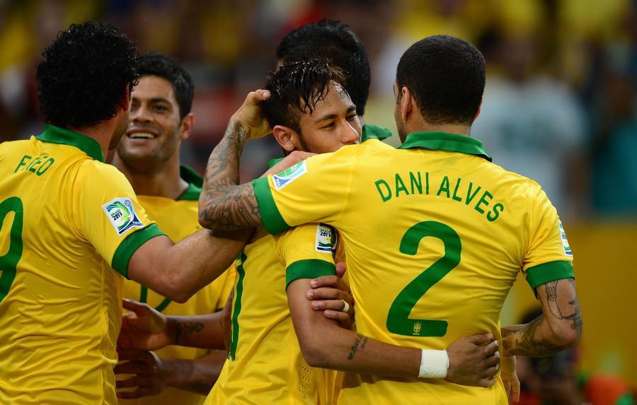 Бразилия выиграла финальный матч Кубка конфедераций со счётом 3:0