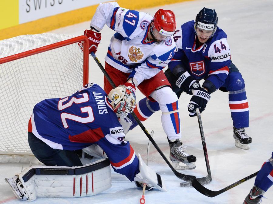 После победы над Словакией российские хоккеисты вышли в 1/4 чемпионата мира