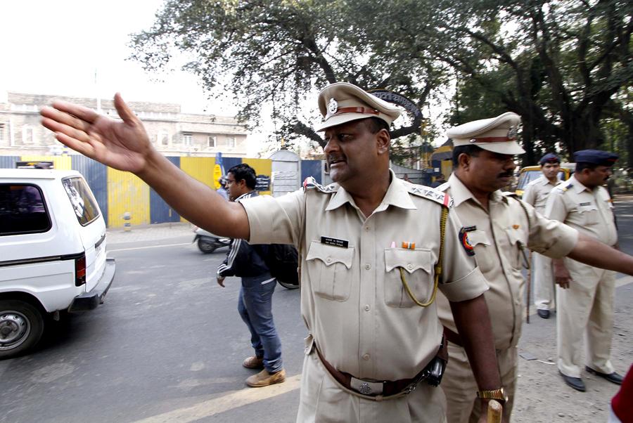 Полицейские довели изнасилованную жительницу Индии до самоубийства