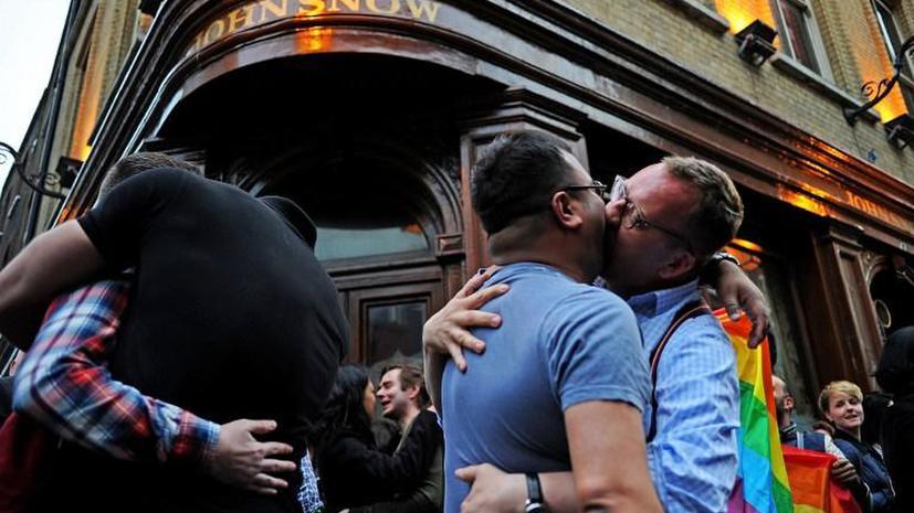 Вице-спикер британского парламента - в центре сексуального скандала: борец за права гомосексуалистов насиловал мужчин
