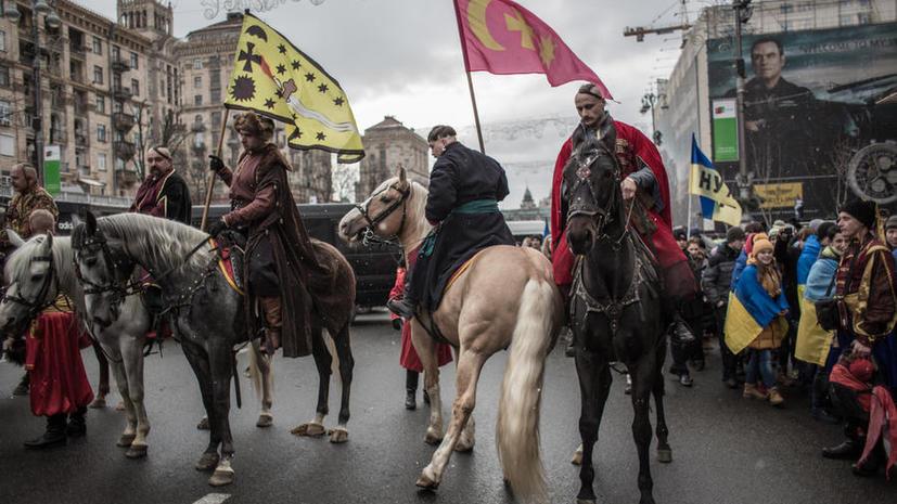 Крымские казаки объединились для защиты полуострова и рассчитывают на помощь России