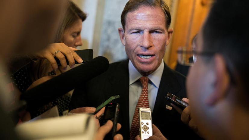 Американские сенаторы потребовали ввести санкции против российских банков за помощь Сирии