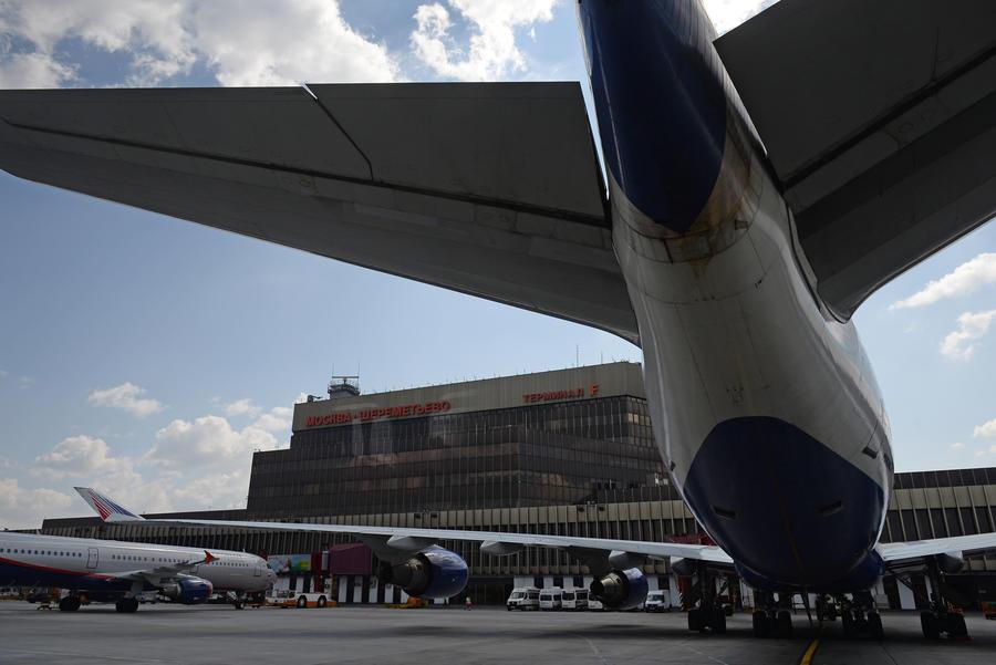 В аэропорту «Шереметьево» опровергли слухи о самолёте, набитом деньгами